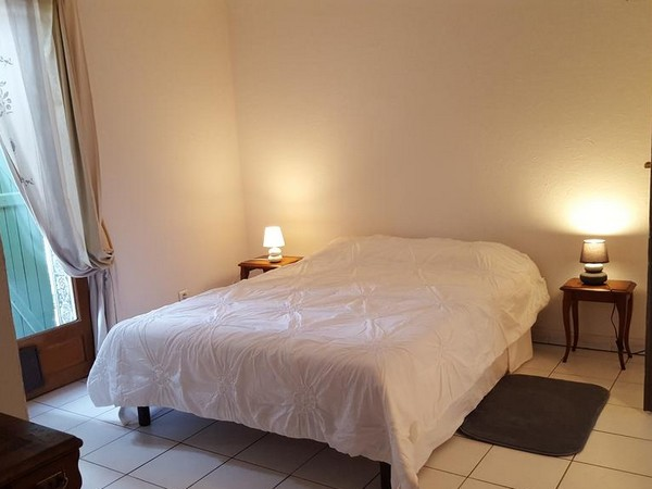 CHAMBRE D'HOTES AUX OLIVIERS