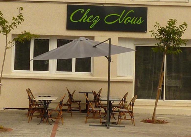 CHEZ NOUS – L'HOTEL