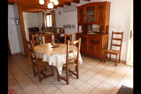 Maison dans village des Corbières
